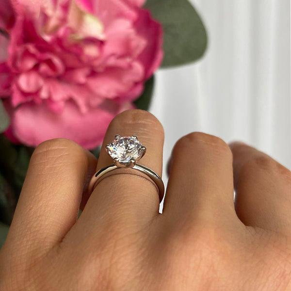 2 ct Classic V Style 6 Prong Solitaire Ring