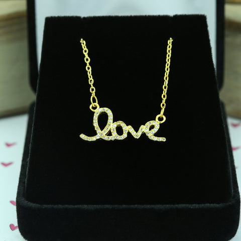 1.5 ctw 3 Stone Graduated Necklace