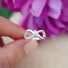 .1 ctw Accented Infinity Ring