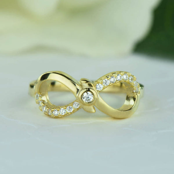 .1 ctw Accented Infinity Ring - Yellow