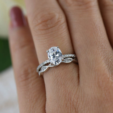 2 ctw Twisted Oval Halo Three Band Set
