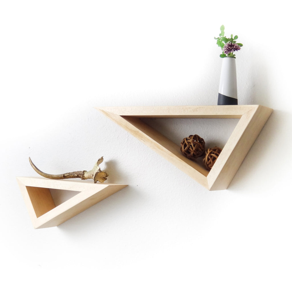 Fernweh Woodworking || Triangular Floating Maple Shelves