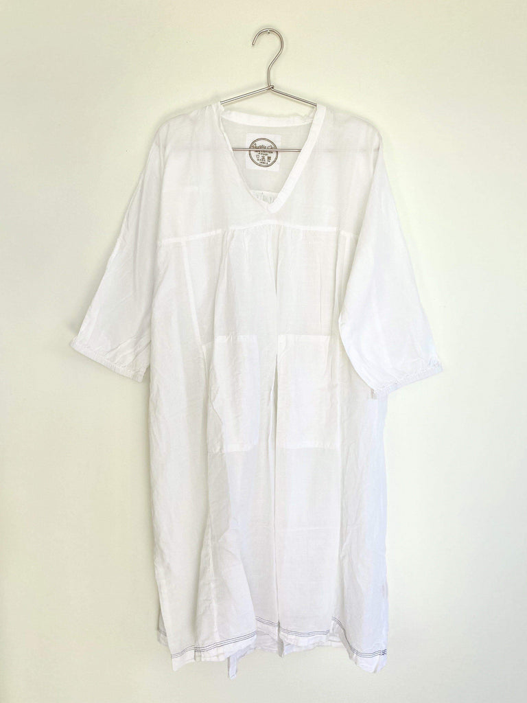 auntie oti deep v dress in white OS
