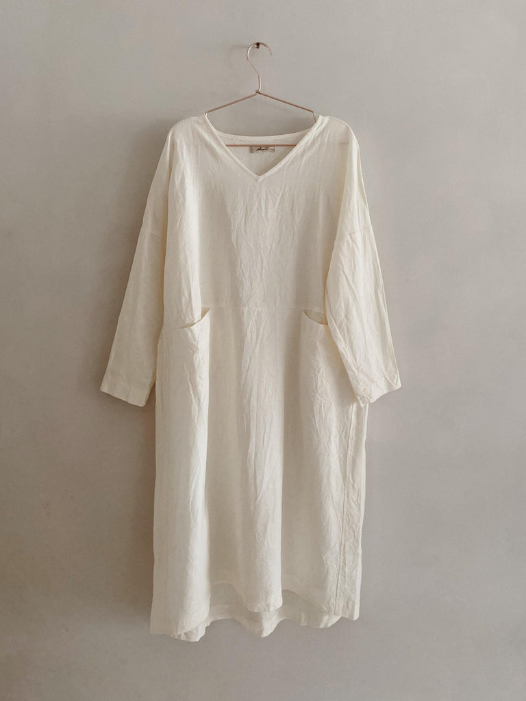ichi antiquités linen v-neck dress in white one size