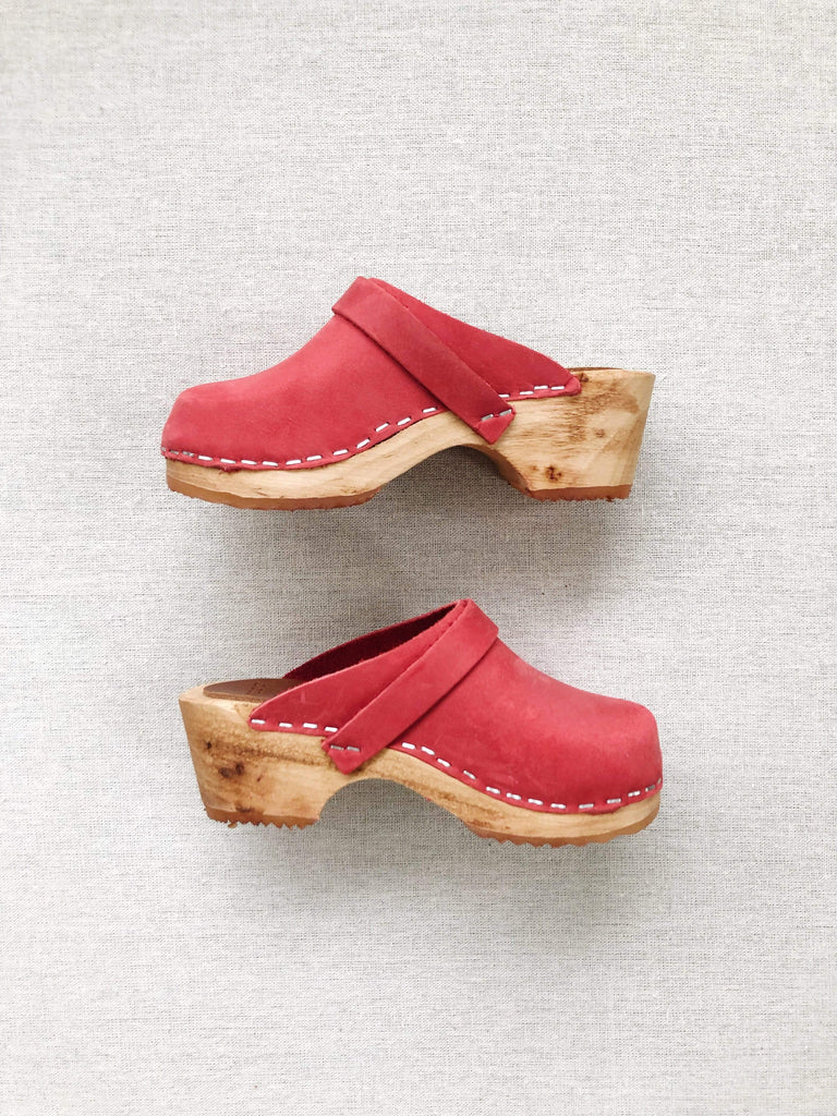 mabo mule clogs in red nubuck leather
