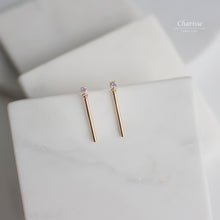 Load image into Gallery viewer, Vivian Gold Bar Earrings