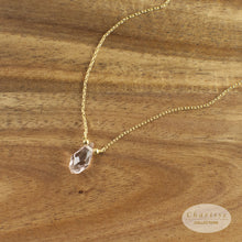 Load image into Gallery viewer, Alicia Rose Quartz Natural Crystal Necklace