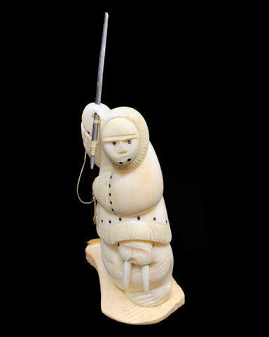 Ivory- RS; Hunter on Walrus, Baleen Inlay, Base, Sm