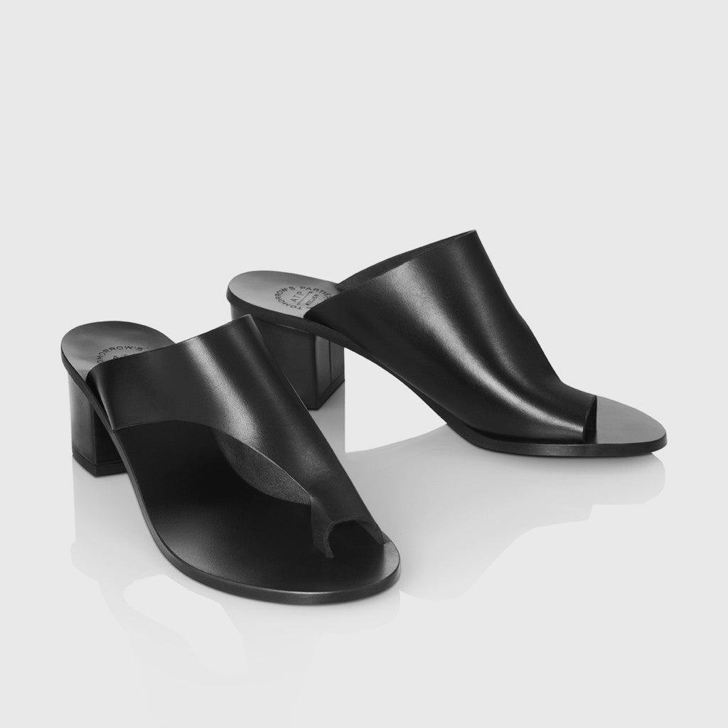 Cyla Low Heel Sandal - Black Leather