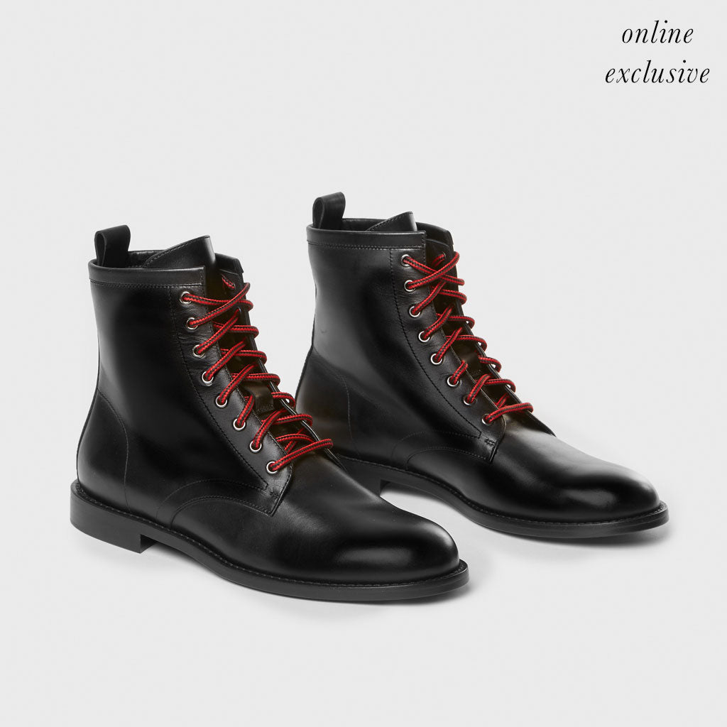 Hiking Boot - Black Leather