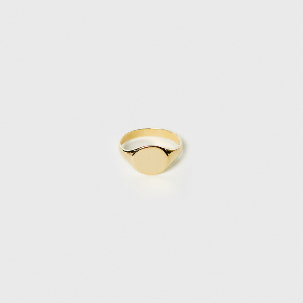 Signet Ring - Yellow Gold