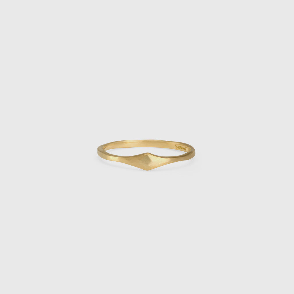Marrakech Hammered Texture Ring - 18K Yellow Gold