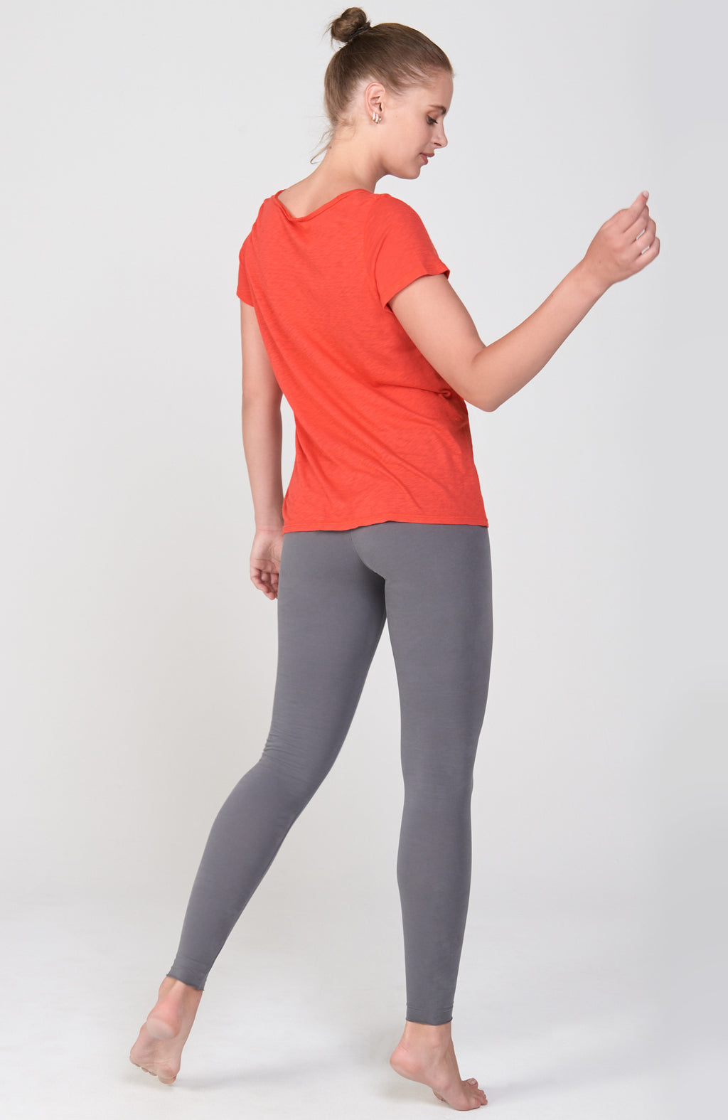 Mindful V-Tee in Orange Poppy