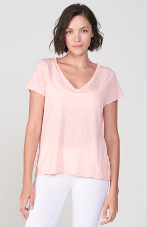 Mindful V-Tee in Peachy Pink