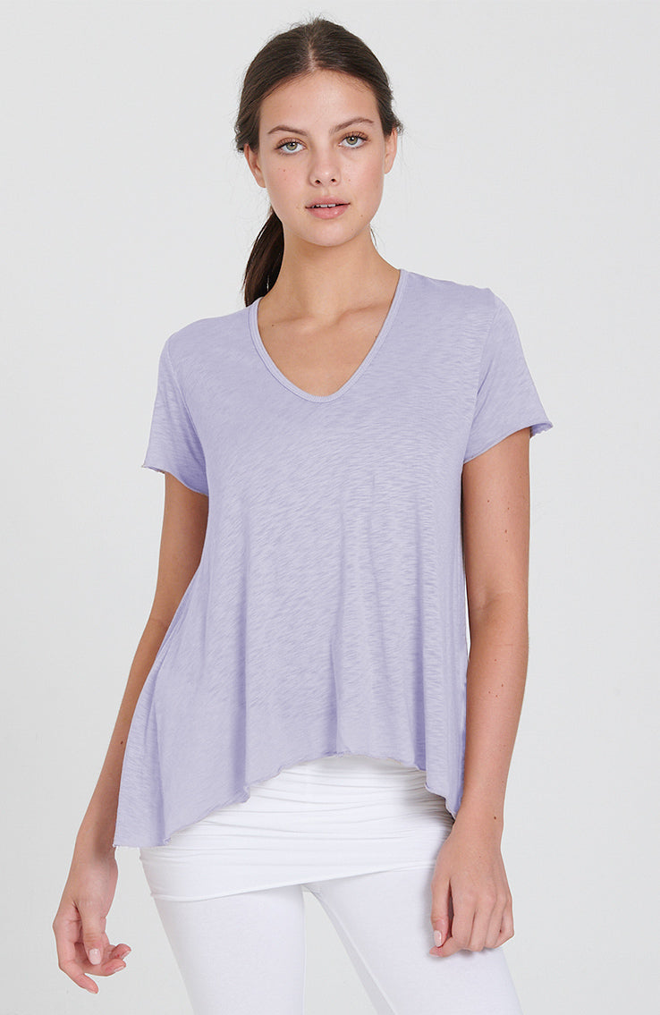 Dynamic Tee in Lilac