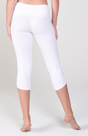 Ahimsa Capri in White