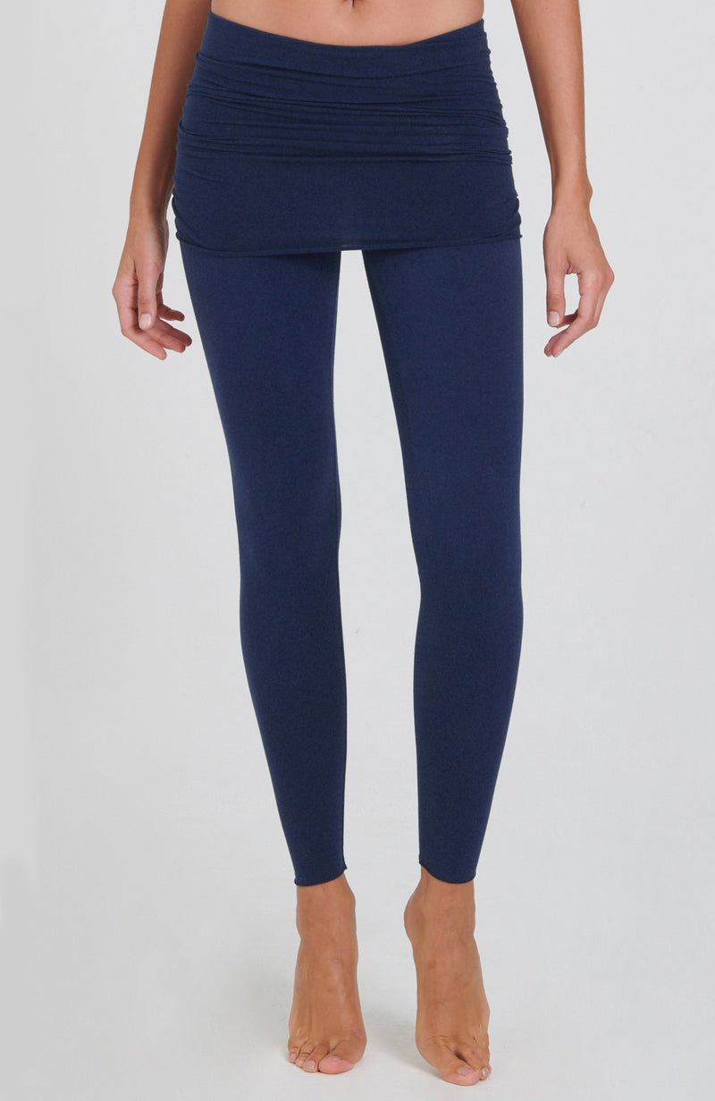 Nomad Legging in Navy Blue