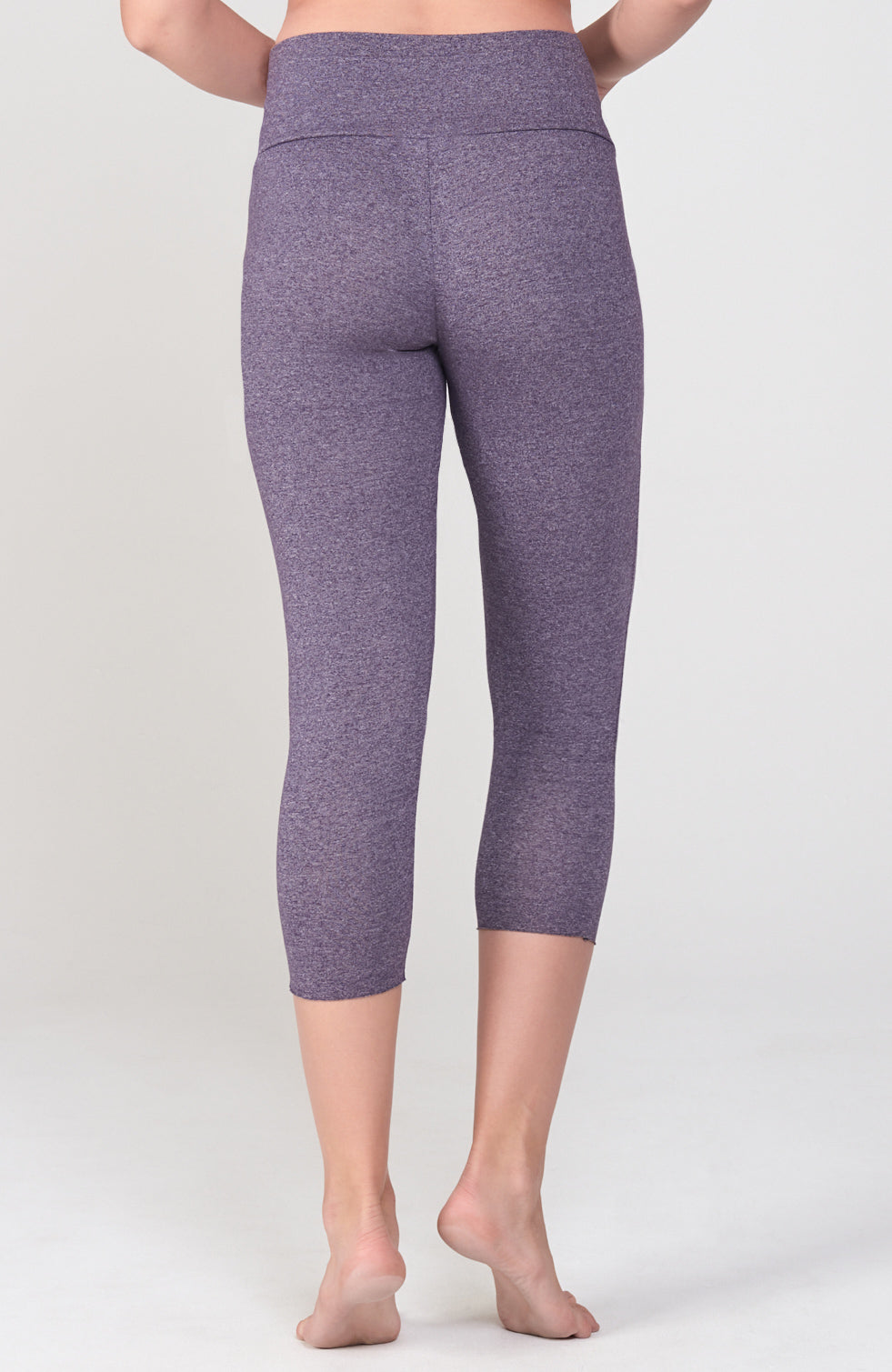 Pose Capri in Deep Purple