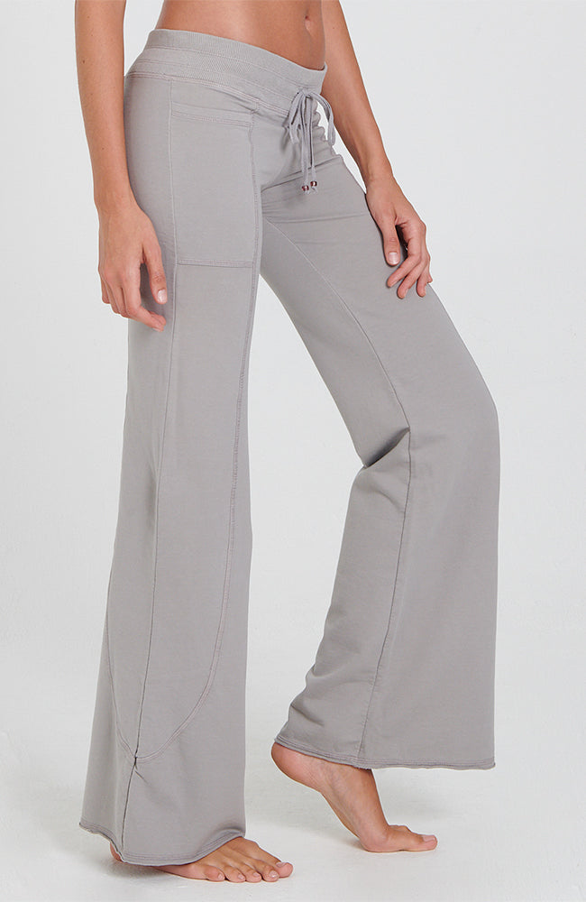 Wave Pant in Neutral