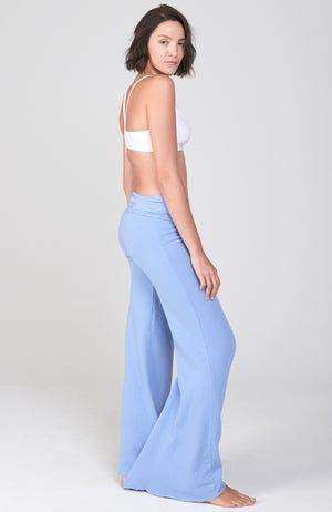 The Nomad Pant in Blue Moon