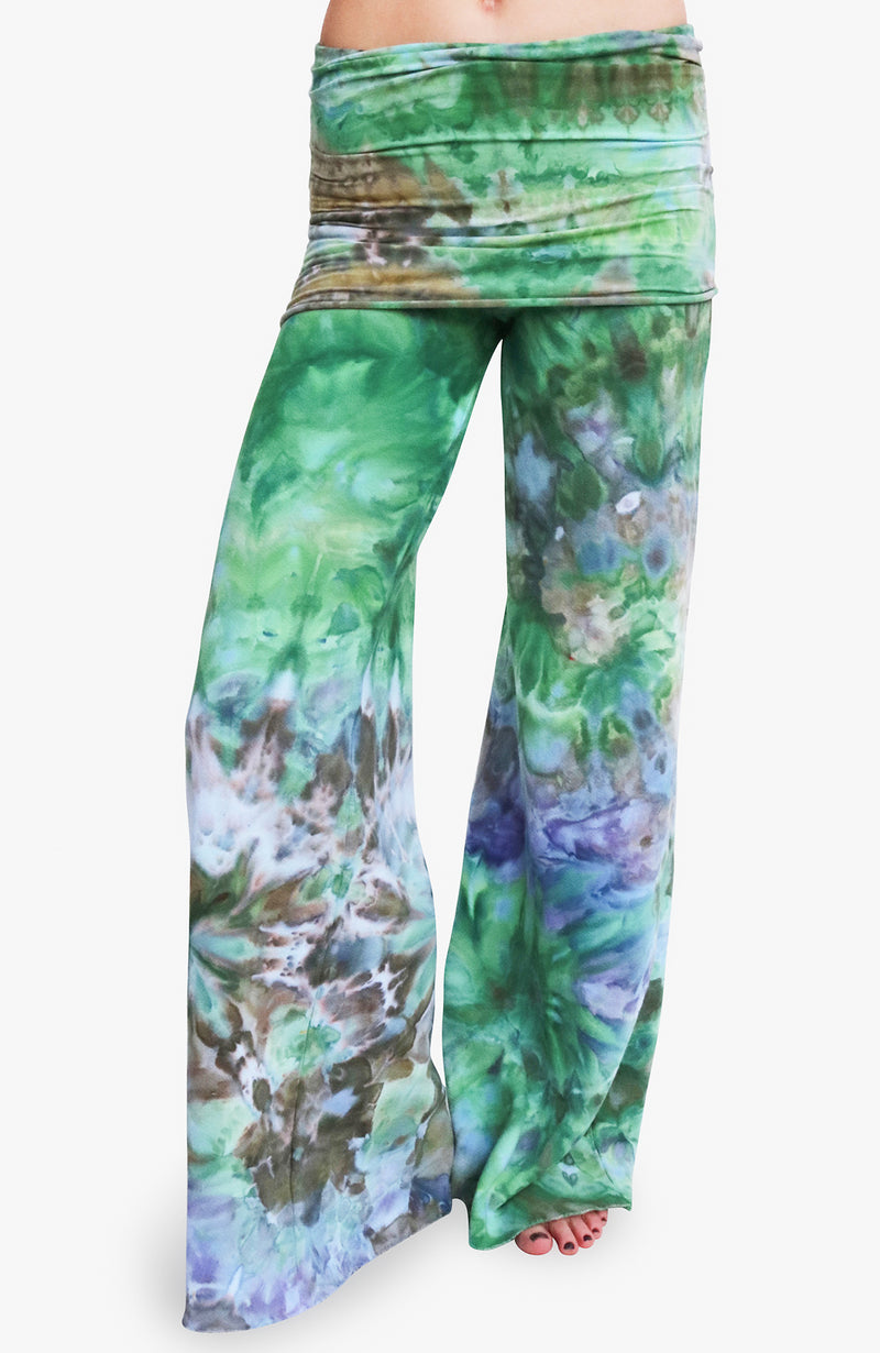The Nomad Pant in Water Lily