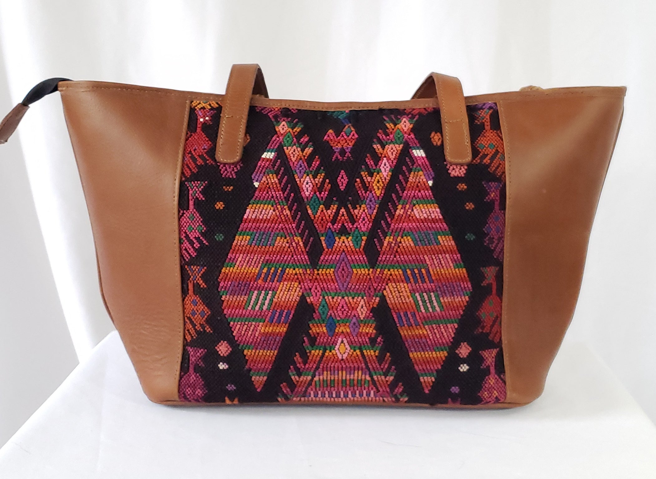 Lola: Medium Mayan Tan Leather Day Bag