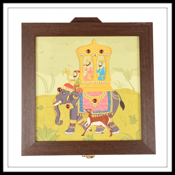 multipurpose box with royal elephant print on green background with maharaja and helper