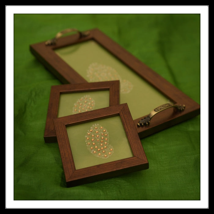 Leaf Green Paisley Tray & 2 Coasters Set