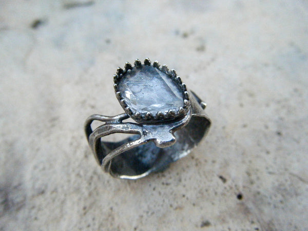 *NEW* Flora// Quartz Crystal Alchemy Ring// 925 Sterling Silver// Size 8