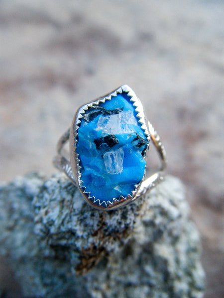 Raw Sleeping Beauty Turquoise Silver Art Ring// Size 8