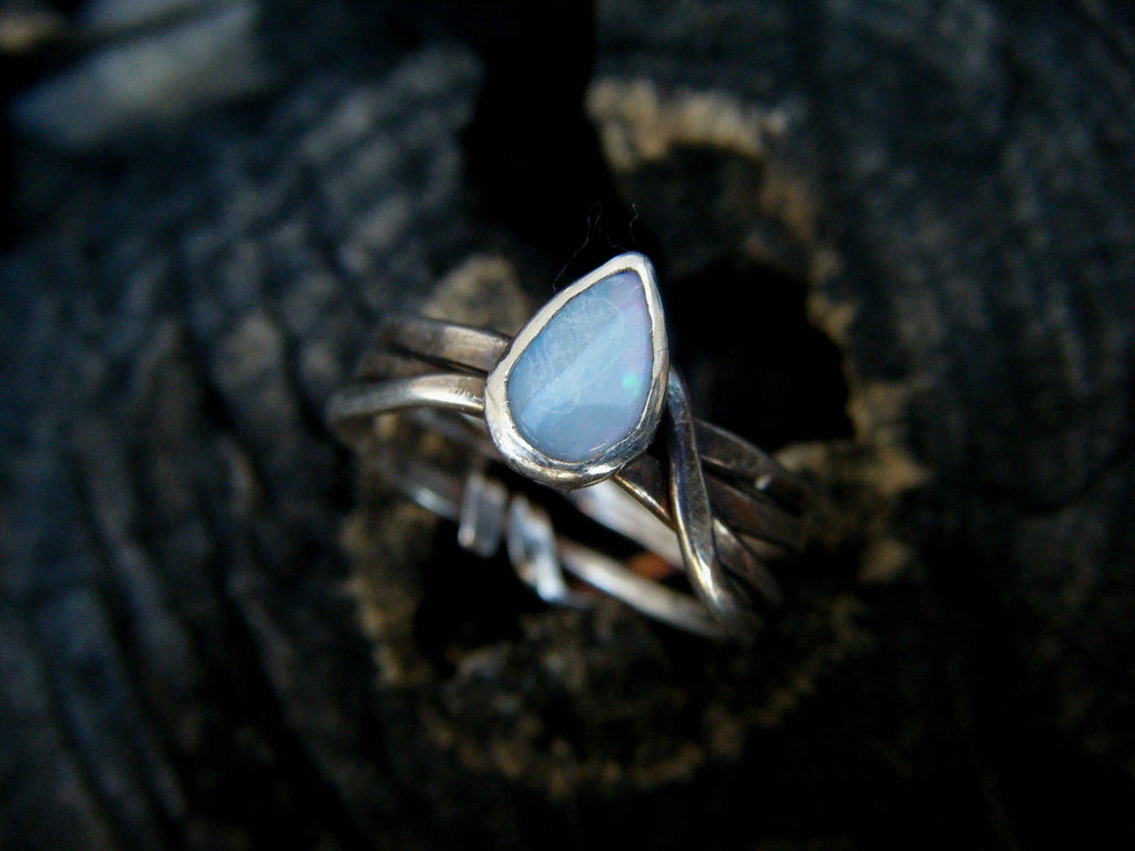 *NEW* Opal Twigs Entwined Ring// 925 Sterling Silver// Size 8