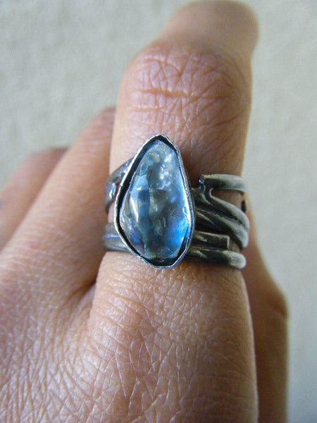 Water Element Aquamarine Crystal Ring // Size 8