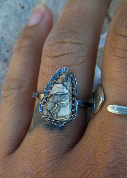Tribal Song// Crazy Lace Agate Ring in Silver Size 7.5