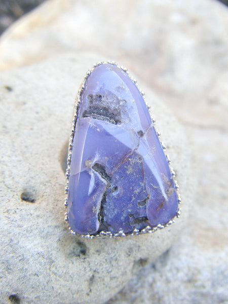 The Earthen Ring + Raw Purple Chalcedony Gemstone// Size 7