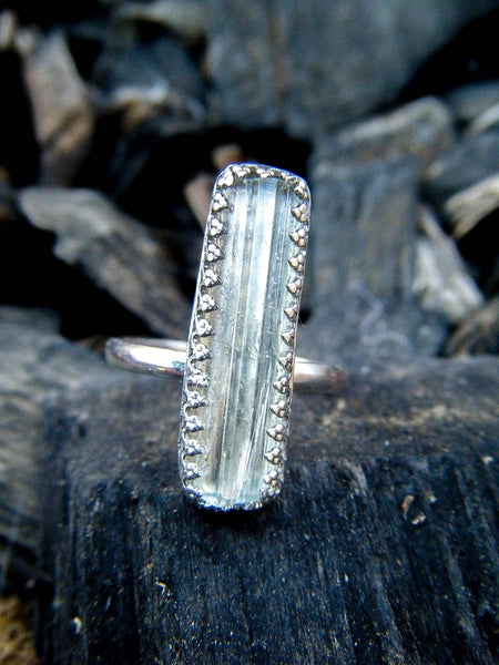 Blue Aquamarine Raw Crystal Ring // Size 6.5