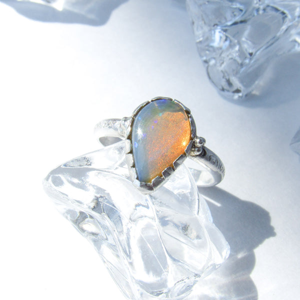 SUN ELEMENTS RING + OPAL // Size 6.5