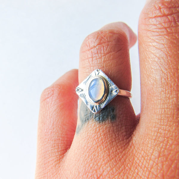 INNER VISION RING + OPAL // Size 7