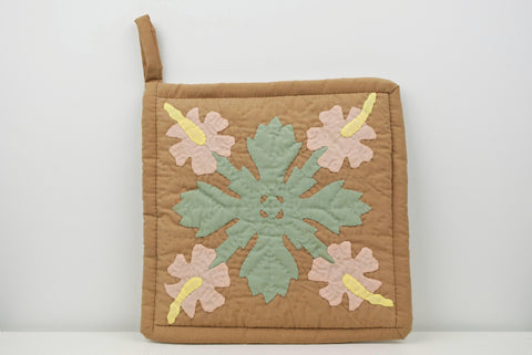 Quilted Hibiscus Pot Holder