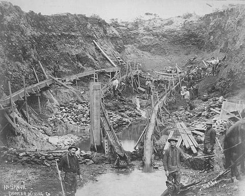 Pioneer Mining Company gold miners working in Mine No 5, Anvil, Alaska, between 1901 and 1911