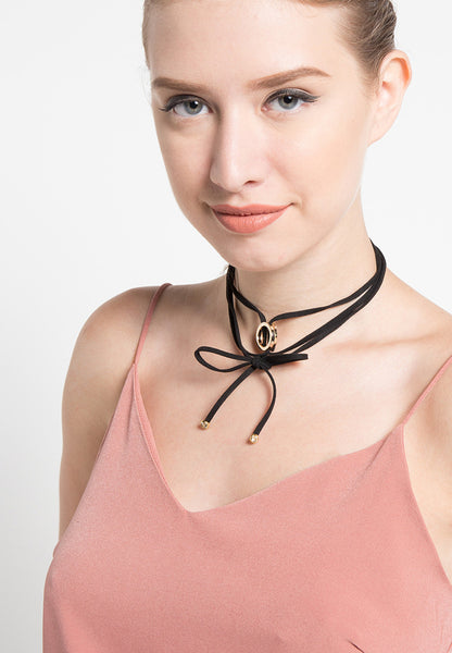Ring Wrap Choker