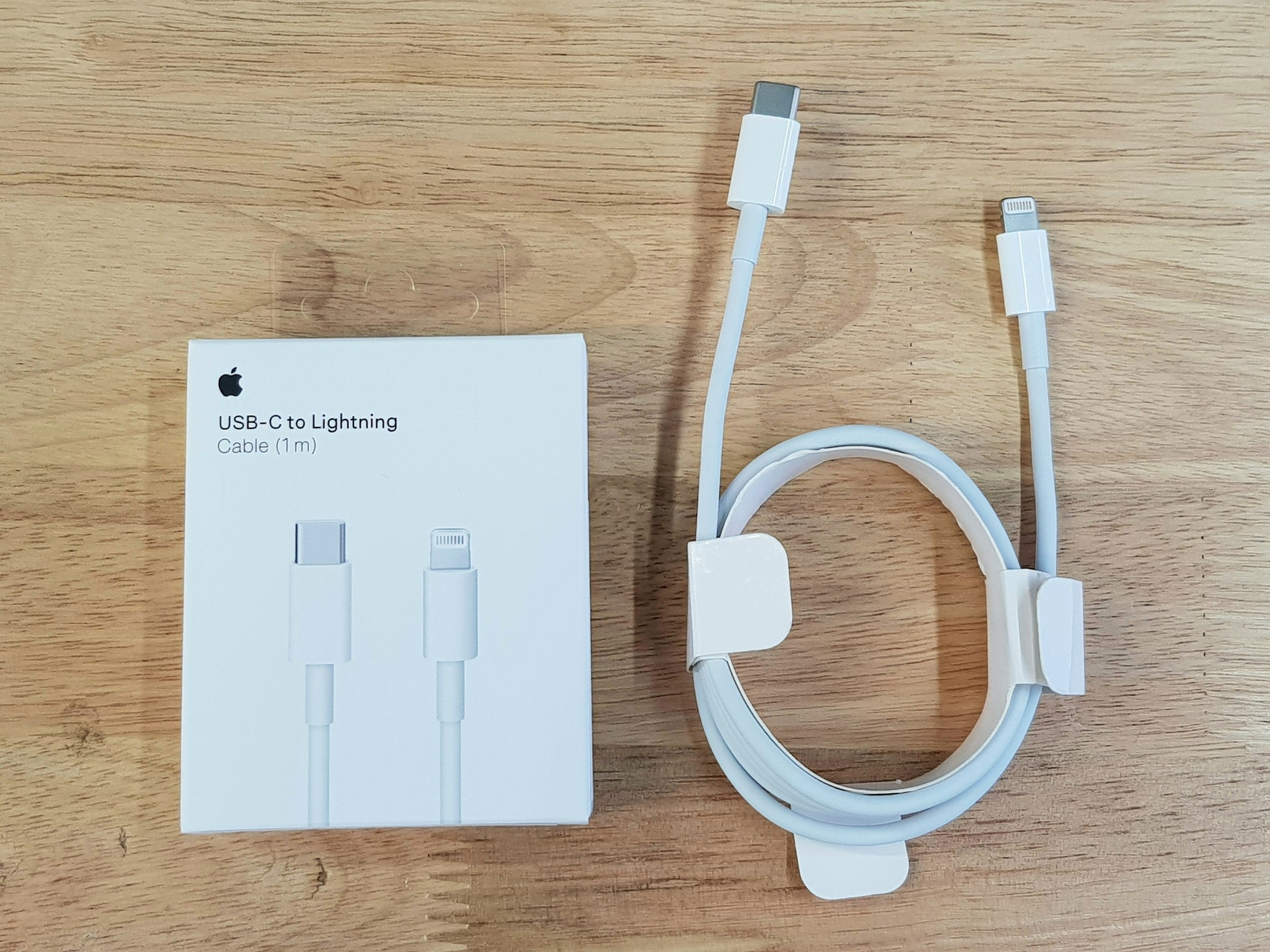 i990 Apple Original USB-C to Lightning Cable (1m) - i-s-mart.com | No.1 Branded Online Shop in Cambodia