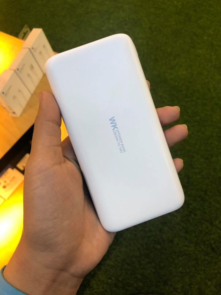 WP105 Powerbank 10000mAh PD+QC Fast Charge 18w