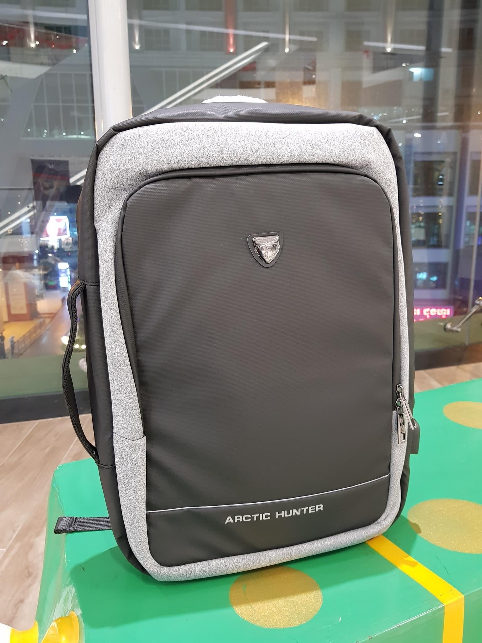 i985 Arctic Hunter Camputer bag