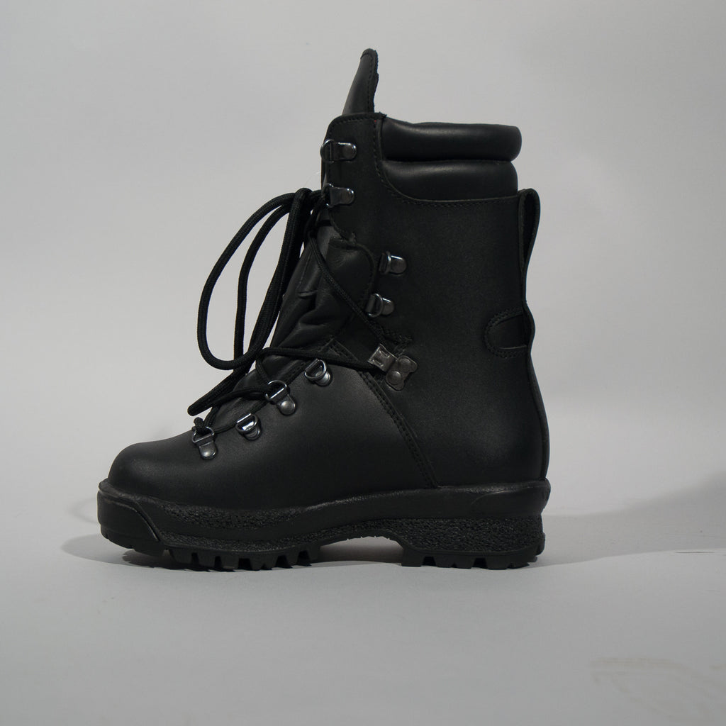 Gore-tex Army Boots | Only £25.00 – DAS