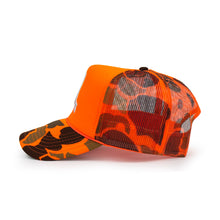 Load image into Gallery viewer, DUCK CAMO FOAM TRUCKER  (HUNTER ORANGE)