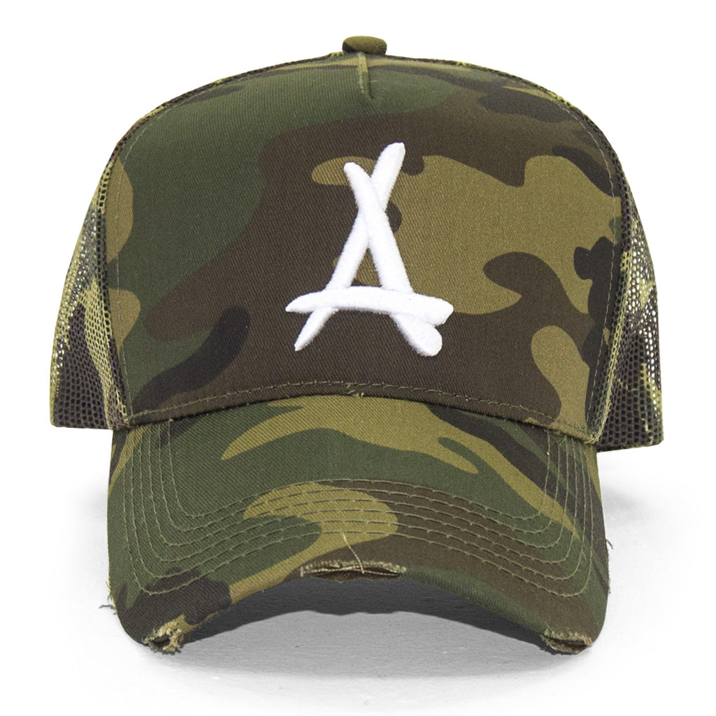 DISTRESSED MESH TRUCKER (CAMO)