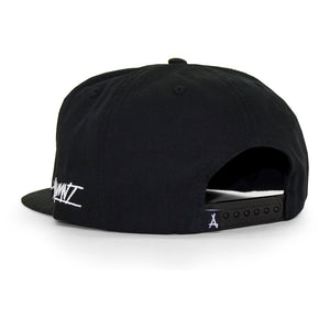 DOGHOUSE SNAPBACK (BLACK)