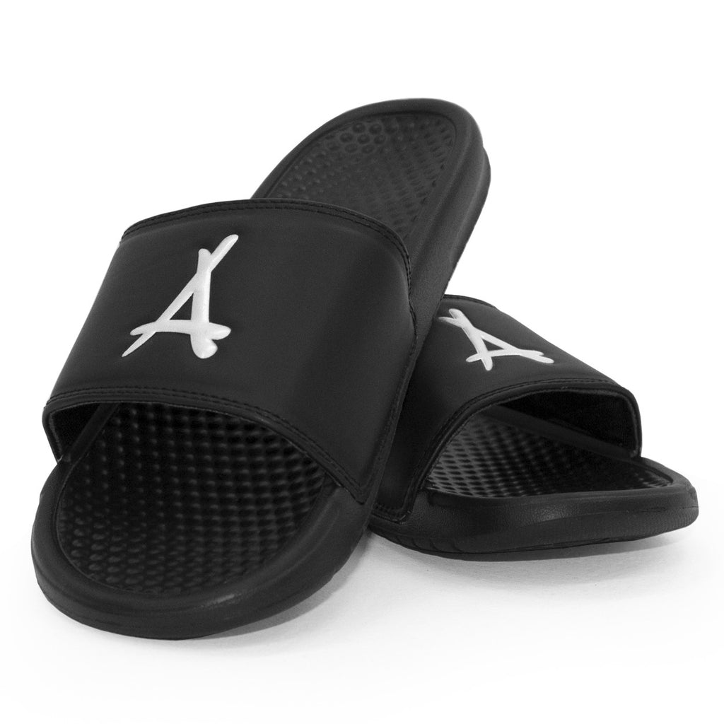 ALUMNI SLIDES (BLACK & WHITE)