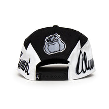 Load image into Gallery viewer, VINTAGE BULLDOG SNAPBACK