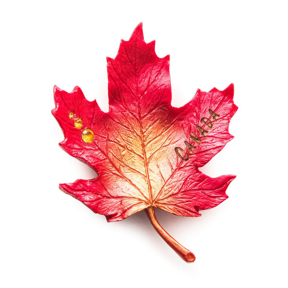 MAGNET MAPLE LEAF RED WITH GOLD